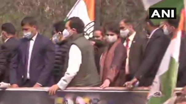 rahul-gandhi-leads-cong-protest-in-support-of-agitating-farmers