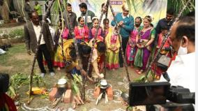 delhi-tamil-academy-organises-pongal-celebrations-at-sisodias-house