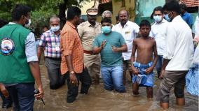 heavy-rains-lash-tutucorin-public-protest-as-water-gets-logged-in-residential-areas
