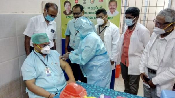 1-91-lakh-get-shots-on-day-1-as-india-begins-largest-vaccination-drive