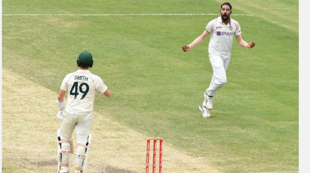 indian-pacers-get-three-after-smith-s-50-as-australian-lead-stretches-to-276-at-tea