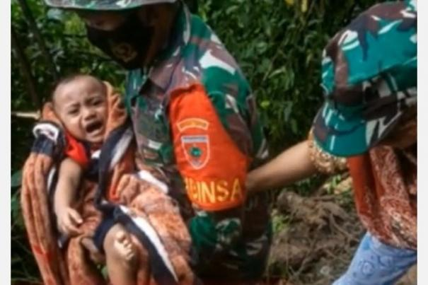 at-least-96-killed-nearly-70-000-displaced-as-quake-floods-hit-indonesia