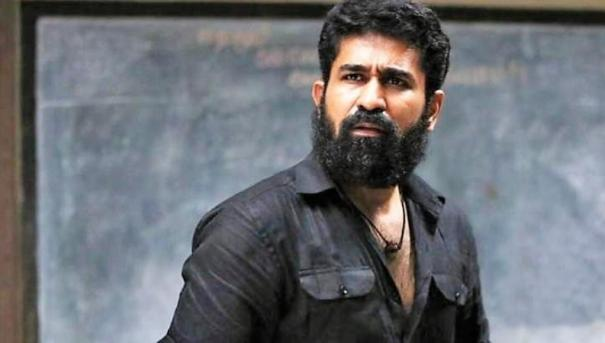 vijay-antony-request-to-critics