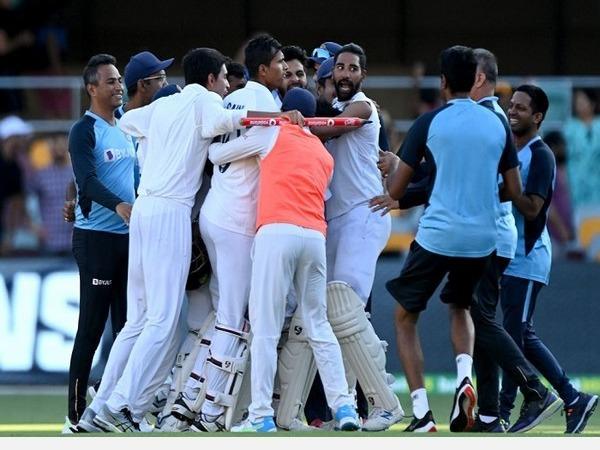 pietersen-warns-india-in-a-tweet-in-hindi-real-team-is-coming-now