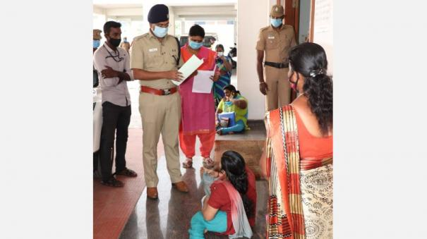 kumari-sp-receives-petitions-of-women-with-disabilities-coming-to-the-office-base-public-praise