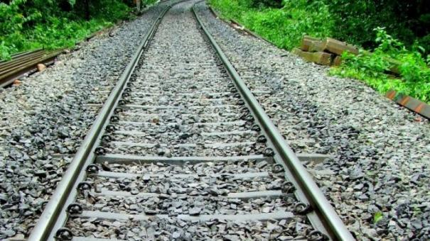 man-killed-during-tiktok-stunt-on-train-track-in-pakistan