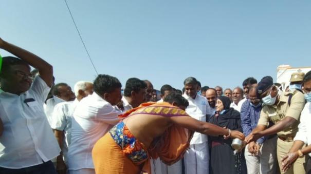 road-widening-work-between-vaniyambadi-and-uthangarai