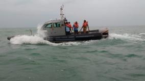 republic-day-heavy-security-in-kumari-marine-police-patrol-sophisticated-boats-at-kanyakumari