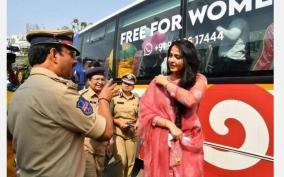 women-police-officers-real-stars-says-anushka-shetty