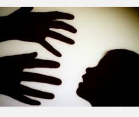 holding-girl-s-hands-opening-pant-s-zip-no-sexual-assault-under-pocso-hc