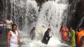 kumbakkarai-falls-opened-for-public-after-11-months