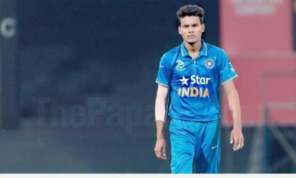 axar-out-of-1st-test-with-knee-injury-rahul-chahar-shahbaz-nadeem-included-in-squad