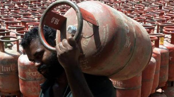 rahul-gandhi-attacked-the-government-for-rise-in-prices-of-petrol-diesel-and-lpg-gas-cylinder