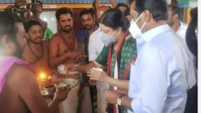 special-worship-of-sasikala-at-the-hosur-pearl-mariamman-temple
