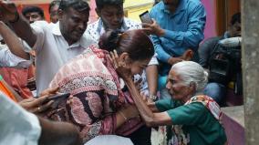 modi-visit-to-chennai-netizens-tease-old-tweets-khushbu-retaliates