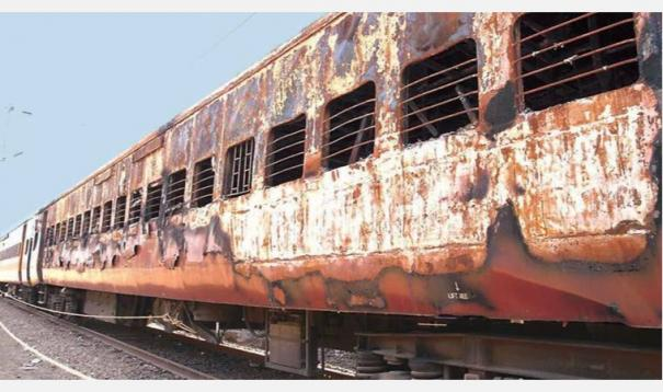 2002-godhra-train-coach-fire-key-accused-held-after-19-yrs-in-guj