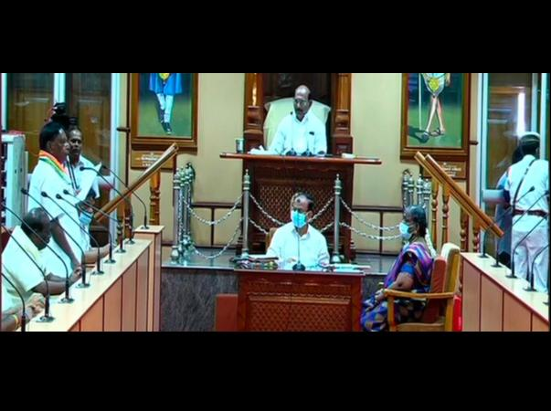 puducherry-chief-minister-narayanasamy-resigns