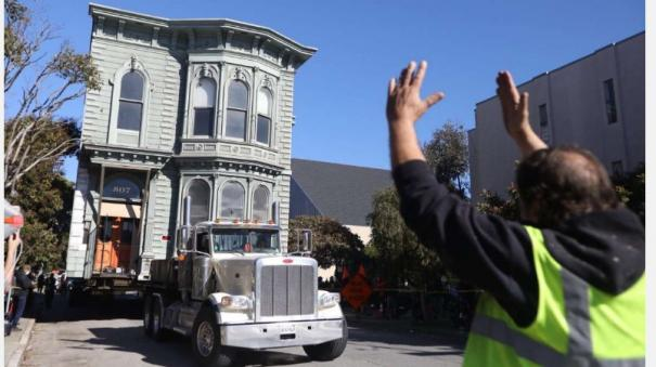 139-year-old-victorian-house-moves-down-road-in-jaw-dropping-video