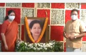 true-volunteers-will-form-the-aiadmk-government-together-sasikala-speech