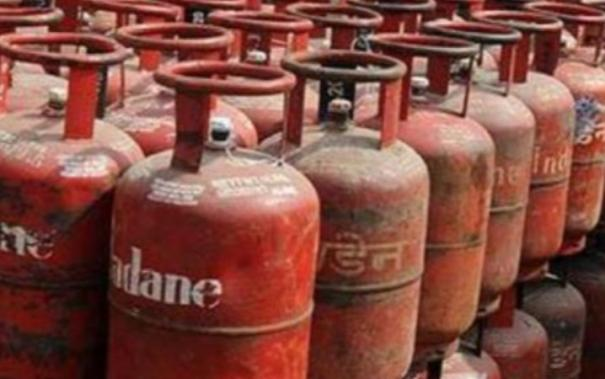 cylinder-price-hiked-by-rs-25-in-chennai