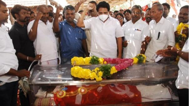 tha-pandian-laid-to-rest