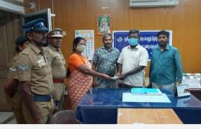 seizure-of-notebooks-near-karur