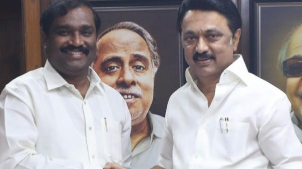 dmk-shares-each-1-seat-with-3-parties