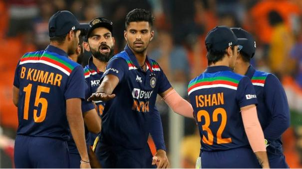 ind-vs-eng-kohli-and-boys-fined-20-per-cent-match-fees-for-slow-over-rate-in-second-t20i