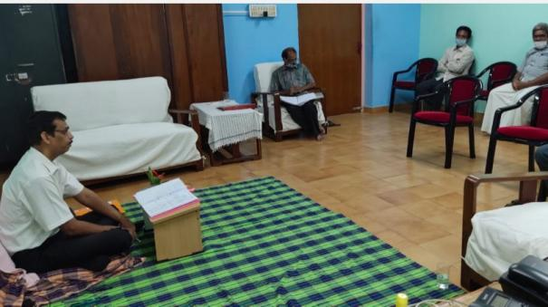 puthuvai-government-college-principal-who-has-been-sitting-on-the-floor-for-55-days-complains-to-the-governor-that-the-government-has-not-complied-with-his-demands