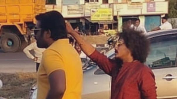 pugazh-with-vijay-sethupathi-in-ponram-movie