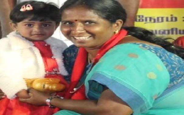 madurai-marxist-candidate-receives-fund-for-party-from-a-child