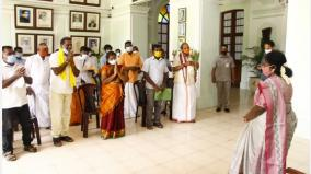 karaikal-fishermen-rescued-from-sri-lanka-meet-governor-tamilisai