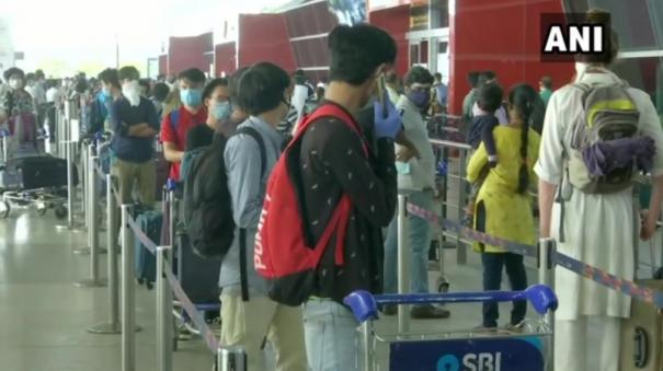 consider-imposing-fines-on-passengers-not-wearing-masks-properly-dgca-to-airports