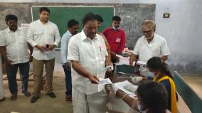 most-in-tamil-nadu-20-30-turnout-in-dindigul-district-at-9-am