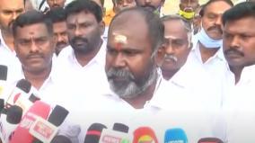 rb-udhayakumar-cast-his-vote