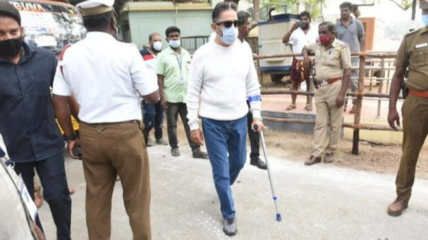 kamal-inspects-strong-room-in-kovai