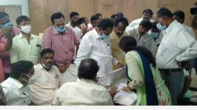 shocked-by-the-paper-seal-used-at-the-polling-station-in-viralimalai-constituency