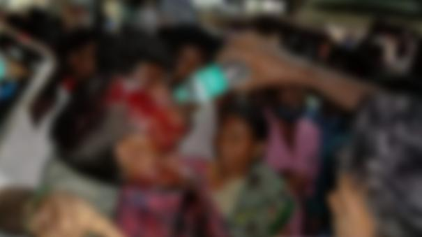 youth-injured-in-attack-by-special-sub-inspector-near-aranthangi-public-road-blockade