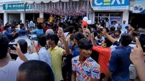 cook-with-komali-actor-who-went-to-the-store-opening-ceremony-the-store-was-sealed-due-to-the-crowd