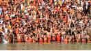 shahi-snan-in-haridwar-lakhs-ignore-covid-concerns-to-take-holy-dip