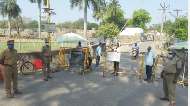 corona-public-access-to-vellore-fort-banned-jalakandeswarar-temple-flag-hoisting-stopped