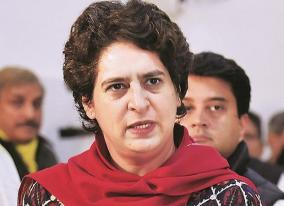 pilot-who-pressed-eject-button-during-emergency-priyanka-gandhis-dig-at-pm