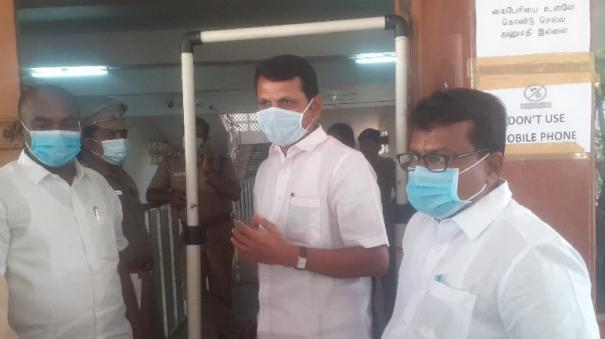ac-in-a-locked-room-accelerate-counting-of-votes-using-28-desks-in-karur-constituency-senthilbalaji