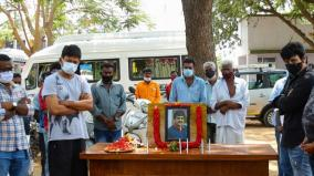 udhayanidhi-pays-homage-to-actor-vivek