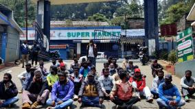 boat-riders-protest-in-ooty