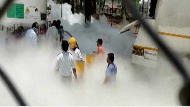 22-covid-patients-dead-after-oxygen-tanker-leak-in-maharashtra