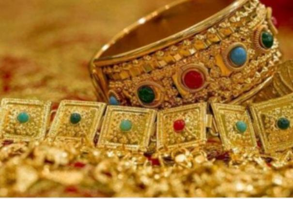 305-pound-jewelery-stolen-by-officers-at-pudukkottai-financial-institution-police-investigation