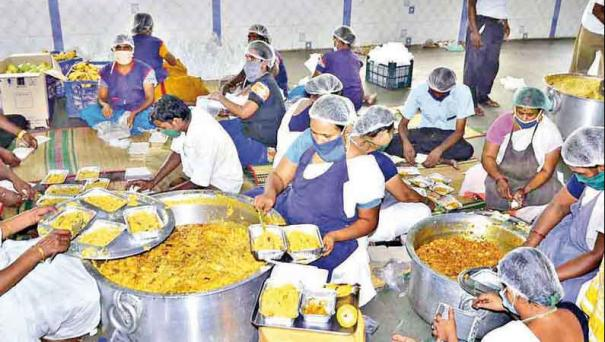 charities-that-feed-directly-to-the-homes-of-corona-patients-in-varanasi