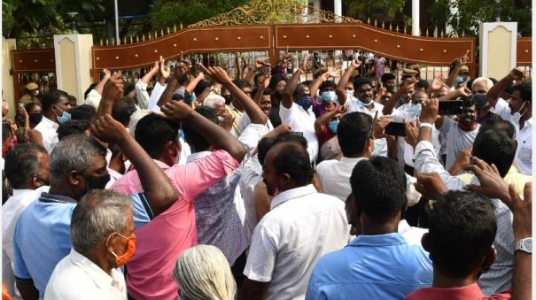 oxygen-production-at-the-sterlite-complex-strong-opposition-at-thoothukudi