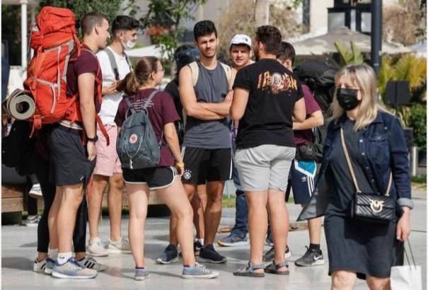 israel-lifts-public-mask-mandate-opens-schools